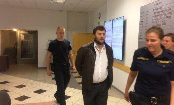 Maksātnespējas administratoru Sprūdu patur apcietinājumā