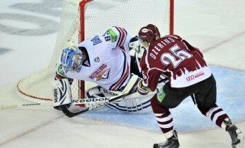 Rīgas 'Dinamo' izbraukumā cenšas apturēt KHL čempioni Magņitogorskas 'Metallurg'