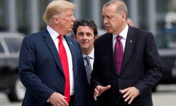 Турция повысила пошлины на американские товары