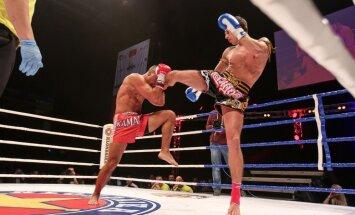 Foto: Latvijas sportisti dominē cīņu šovā 'Klondaika Fight Arena'