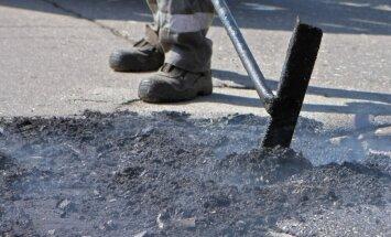 Bedru remontu tehnoloģija tiek izvēlēta atbilstoši ceļu segumam