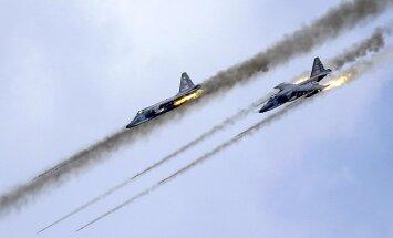 Krievijas lidmašīnas sākušas bombardēt arī 'Islāma valsts' pozīcijas