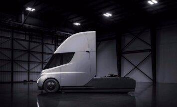 'Tesla' nosaukusi elektriskā kravas vilcēja 'Semi' cenas