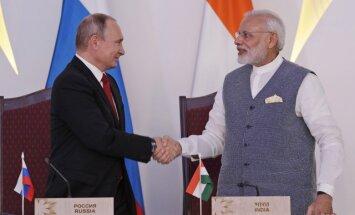 Россия поставит Индии вооружения на миллиарды долларов