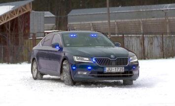 'Zebra': Ar kādām tehnoloģijām aprīkots policijas netrafaretais patruļauto