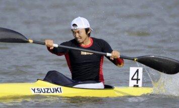 Par dopinga piebēršanu konkurenta dzērienā diskvalificē vienu no vadošajiem japāņu airētājiem