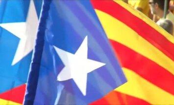 Ap pusmiljonu kataloņu iziet ielās, paužot atbalstu referendumam par neatkarību
