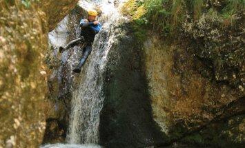 Apburoša vieta Slovēnijā, kur var baudīt trakulīgas ūdens atrakcijas