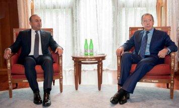 Turcijas un Krievijas attiecības strauji uzlabojas – Sočos tikušies ārlietu ministri