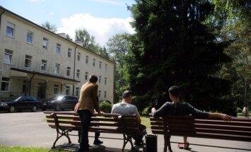 Arī pēdējie divi no pirmajiem 23 bēgļiem pametuši Latviju, vēsta LTV