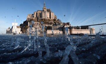 Dienas ceļojumu foto: Palu dēļ no ārpasaules nošķirts Sanmišela klosteris Francijā