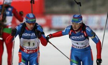 Krievijas biatlonisti uzvar PK pirmā posma jauktajā stafetē