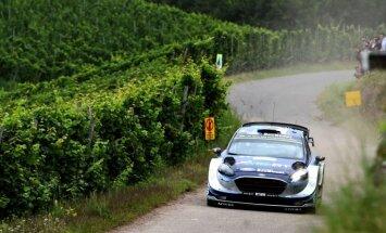 Igaunis Tanaks līderis pēc pirmās dienas WRC Vācijas rallijā