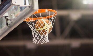 'Jēkabpils' basketbolisti pārbaudes spēlē zaudē 'Pieno žvaigždes' komandai