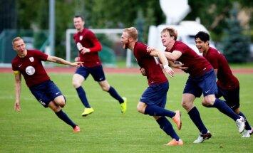 KF 'Jelgava' futbolisti zaudē sezonas pēdējā spēlē, bet izcīna sudraba medaļas