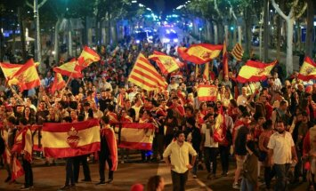 Katalonijas referendums: tiesa lemj konfiscēt premjera Masa māju, paplašina izmeklēšanu pret Katalonijas separātistiem