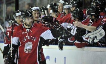 Latvijas hokeja izlases sastāvs, iespējams, būs zināms tikai Baltkrievijā