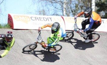 286 dalībnieki startē 'SMScredit.lv BMX čempionāta' pirmajā posmā Rīgā