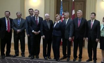 Video: ASV senatori Saeimā