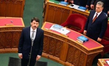 Ungārijas prezidents paraksta pretrunīgi vērtēto NVO finansēšanas likumu