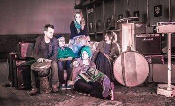 Iznāk folktronikas grupas 'Zari' pirmais albums 'Sazaroti'