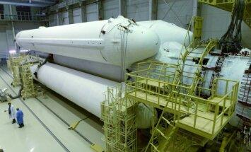 Foto: Krievija sekmīgi izmēģinājusi jaunu raķeti 'Angara'