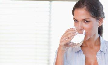 Бьюти-тренд — водородная вода: помощник для здоровья или обман? Отвечают латвийские эксперты