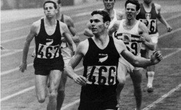 Par 77 tūkstošiem eiro izsolīts 1964. gada olimpisko spēļu čempiona krekls