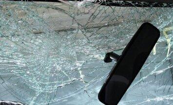 """Очевидец: Как пьяный водитель """"отмазался"""" от дорожников (+комментарий полиции)"""