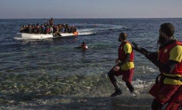 Vidusjūrā pie Lībijas trīs dienās izglābti 4,6 tūkstoši migrantu