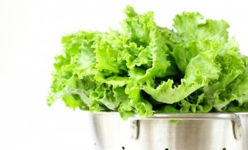 Pārtikas produkti, kas palīdz cīņā ar sausu ādu