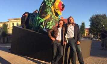 Cēsu brūzī atklāta starptautiskas mākslas biennāles 'Eiropas jaunrade' izstāde
