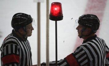 IIHF darbam nākamā gada pasaules čempionātos izvēlējušies septiņus Latvijas tiesnešus