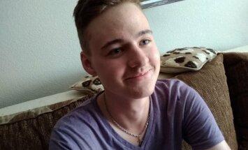 18 gadus vecais rīdzinieks Silvestrs cer uz līdzcilvēku palīdzību melanomas ārstēšanā