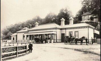 Anglijā par pusotru miljonu mārciņu pārdod vecu dzelzceļa staciju, kas pārtapusi smalkā viesnīcā