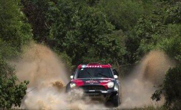Terranova un Praiss uzvar 'Dakaras' rallijreida priekšpēdējā posmā