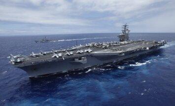 Irāna būvē milzīgu ASV aviācijas bāzes kuģa butaforiju