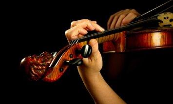 Rudens kamermūzikas festivālā notiks Mocarta un Brāmsa sonāšu vakars