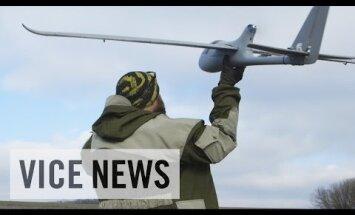 Video: Ukraiņi prokrieviskos spēkus novēro ar pašu būvētām bezpilota lidmašīnām