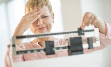 Эксперты выяснили, почему недосып вызывает набор веса