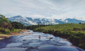 Dabīgie baseini Kolumbijā, kuros var ne tikai iekāpt, bet arī ieslīdēt