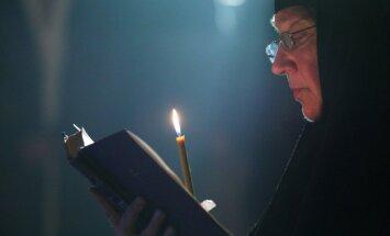 Готовимся к Рождеству: Константин Хабенский читает Игоря Северянина