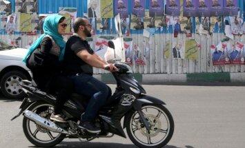 ASV nosaka Irānai jaunas sankcijas ballistisko raķešu programmas dēļ
