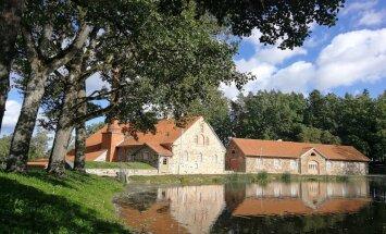 Lielais Igaunijas loks: ceļotājas piezīmes, apmeklējot kaimiņzemes muižas un parkus