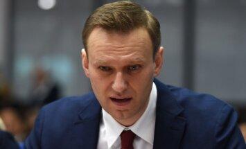 Navaļnijs sūdz tiesā Krievijas federālo mediju uzraudzības dienestu 'Roskomnadzor'