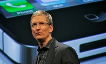 Главе Apple урезали зарплату из-за снижения продаж