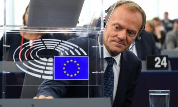 Туск настоятельно призвал ускорить реформу еврозоны