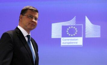 'Delfi' no Strasbūras: Lorda Hila atkāpšanās bija nepatīkams pārsteigums, stāsta Dombrovskis