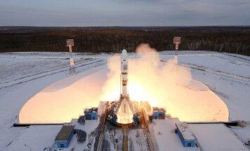 Video: No Krievijas jaunā kosmodroma startējusi raķete; satelīta palaišana neveiksmīga