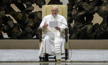 Pāvests aicina vērsties pret katoļu garīdznieku pastrādātajiem seksuālajiem noziegumiem